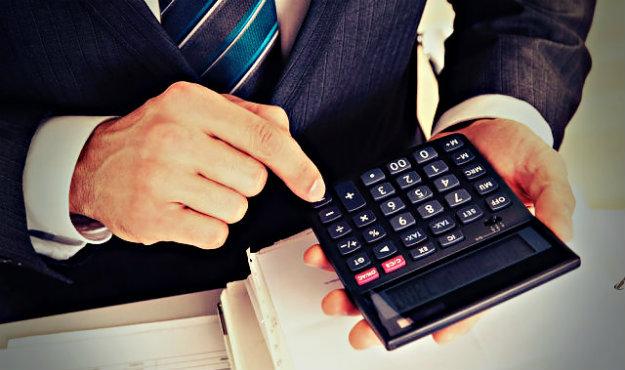 Задолженности по кредитам база данных